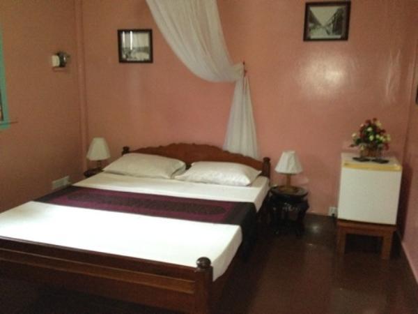 アリバイ ゲストハウス室内ベッド画像