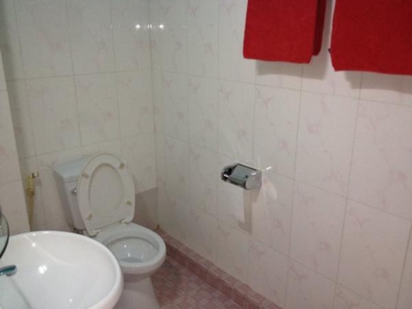 アリバイ ゲストハウス室内トイレ・水回り画像