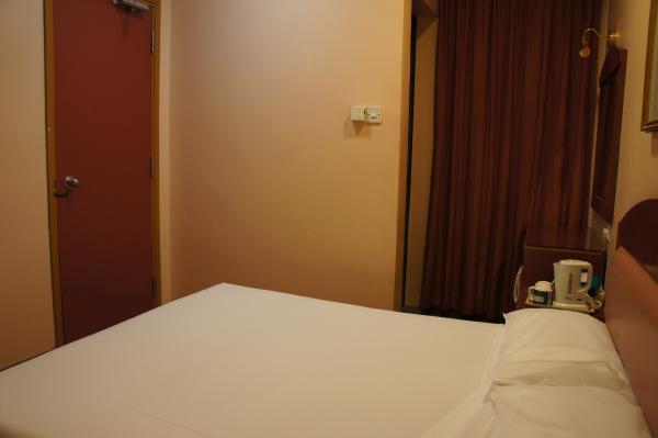 ホテル81スター室内ベッド画像