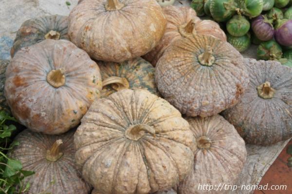 『ルアンパバーン朝市』白いかぼちゃ画像