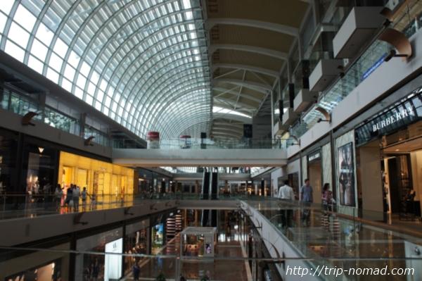 『マリーナ・ベイ・サンズト』ショッピングモール画像