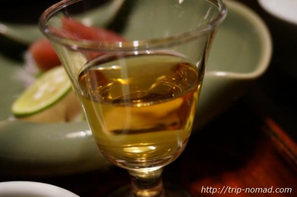 箱根湯本「萬翠楼 福住」夕食自家製の梅酒画像
