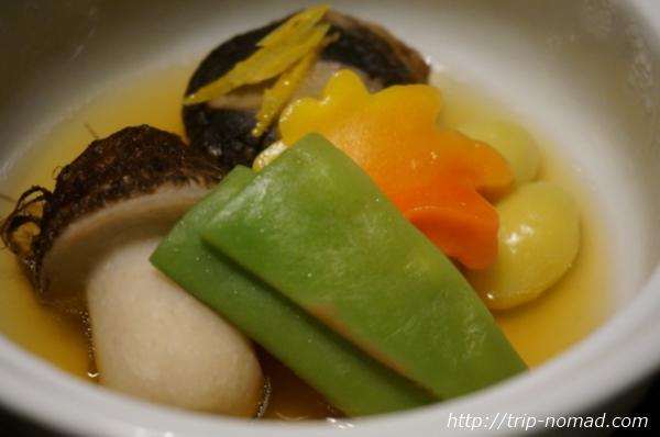 箱根湯本「萬翠楼 福住」煮物夕食画像