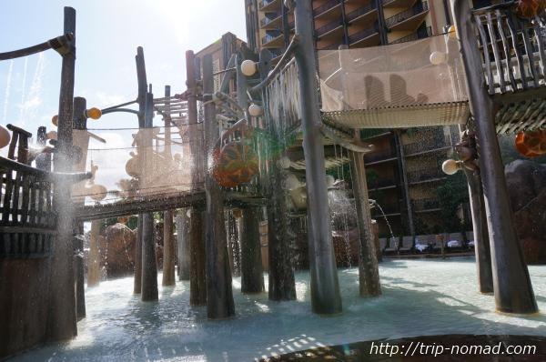 『アウラニ・ディズニー・リゾート&スパ』流れるプール画像