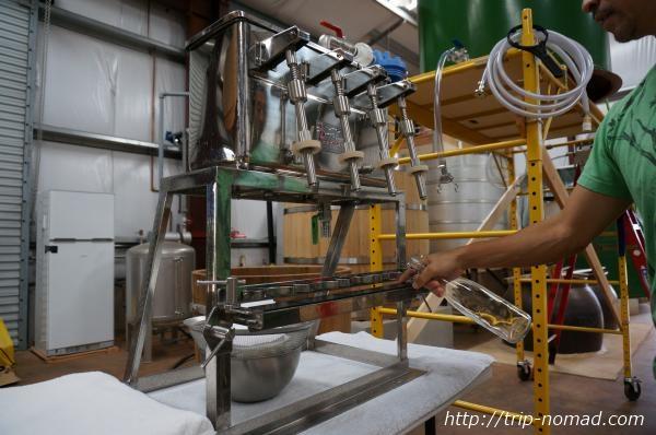『波花』で使用している瓶詰機器画像