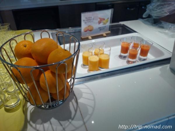 大阪マリオット都ホテル朝食「COOKA(クーカ)」ビュッフェ・スムージー、フレッシュジュース画像