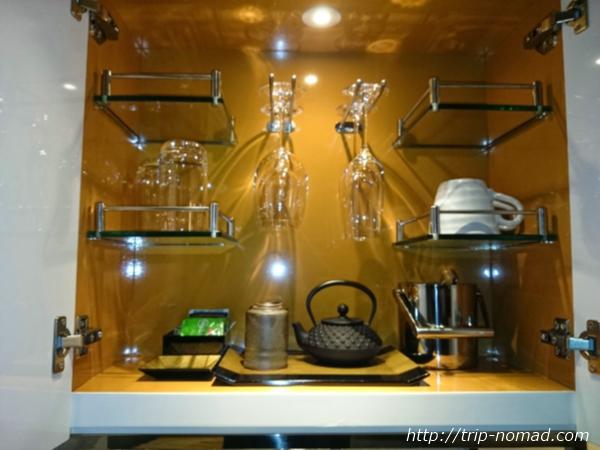 大阪マリオット都ホテル部屋食器類画像