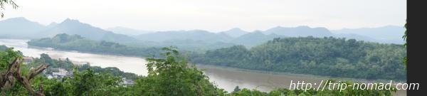 『プーシーの丘』から見るパノラマ画像