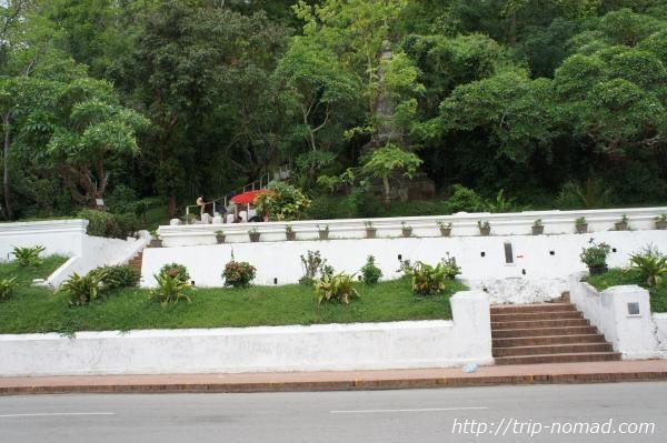 『プーシーの丘』入口画像