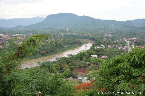 『プーシーの丘』からカーン川画像