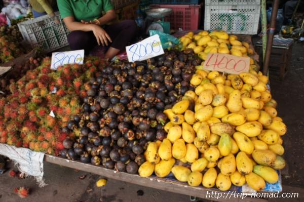 『タラート・サオ市場南国フルーツ』画像