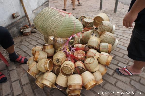 『タラート・サオ市場』伝統的な竹細工工芸品画像