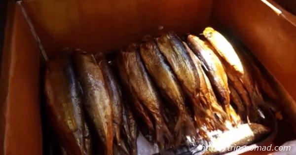 リストビャンカ・バイカル湖魚市場オームリの燻製画像