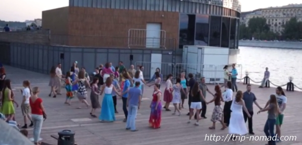 モスクワのゴーリキー公園ダンス画像