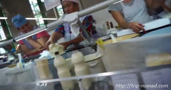 ロシアのイルクーツク市場乳製品売り場画像