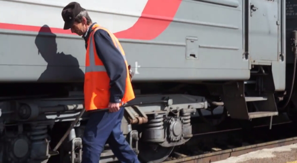 シベリア鉄道車両チェック画像