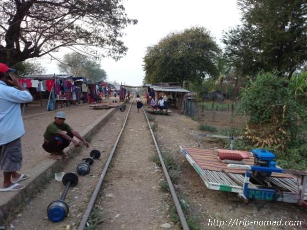 カンボジア『バンブートレイン』画像