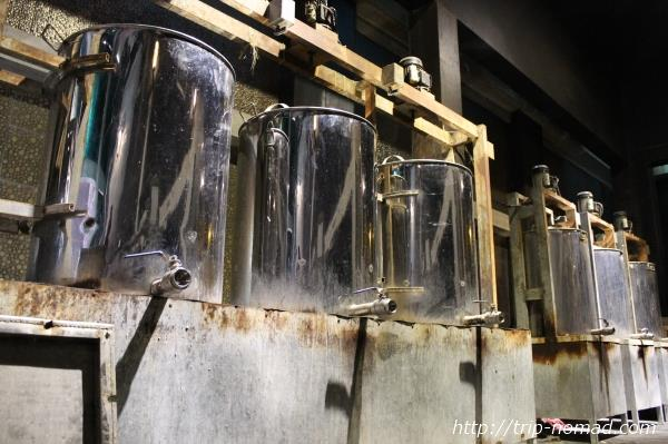カンボジア・クメールラビット「釜炊き塩析法」画像