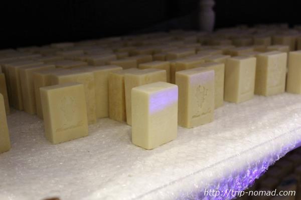 カンボジア・クメールラビット『工房の石鹸』画像