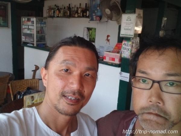 カンボジア『高知家』オーナーの西村さんと中西賢一画像