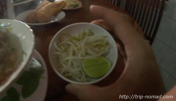 カンボジア『クイティウ』ローカル的食べ方画像