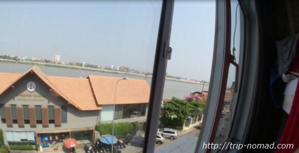 カンボジア・プノンペン・『ワンストップ・ホステル』メコン川景色画像