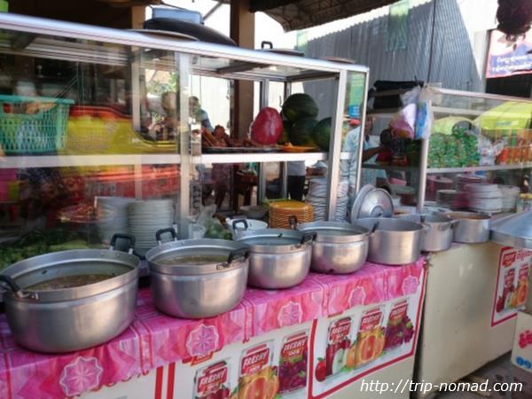 カンボジア『プロホック』街角ローカル食堂画像