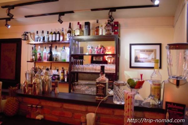カンボジア『横浜レストラン&バー』店内画像