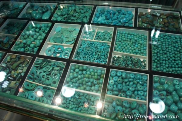 広州パワーストーン市場『リワン・プラザ』翡翠(ひすい)緑パワーストーン画像