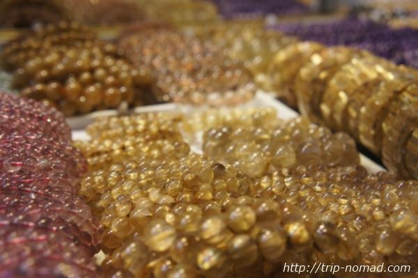 広州パワーストーン市場『リワン・プラザ』ルチルクォーツ画像