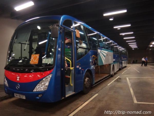 香港『エアポート・エクスプレス』無料シャトルバス画像