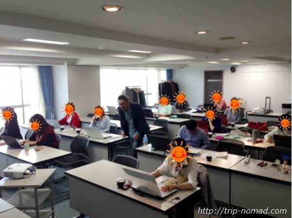 『マホロバマインズ三浦』パソコン勉強会作業風景画像