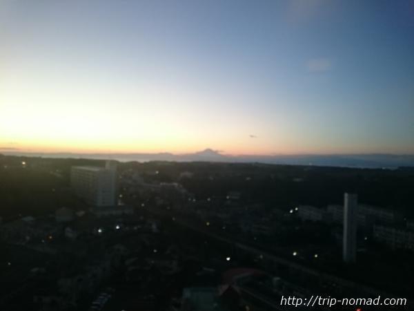 『マホロバマインズ三浦』富士山夕焼け画像