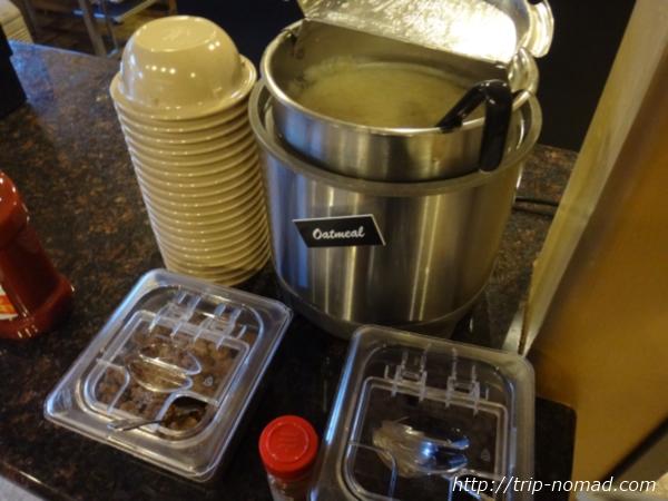 アメリカ・セドナ『セドナ・リアル・イン・スイーツ』朝食オートミール画像