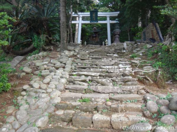御蔵島『稲根神社』画像