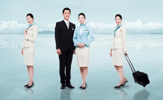 『 世界一おしゃれな客室乗務員の制服』大韓航空(Korean Air)画像