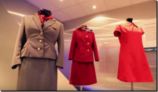 『 アエロフロート』CAスチュワーデス制服画像