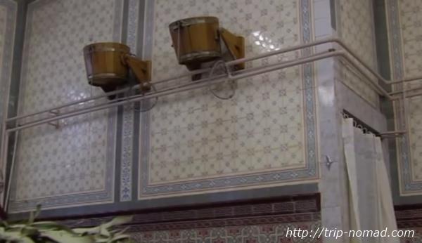 ロシア・モスクワ「サンドゥヌィ」バーニャ水バケツ画像