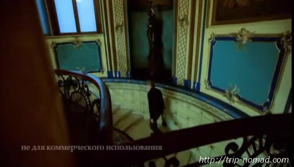 ロシア・モスクワ「サンドゥヌィ」螺旋階段画像