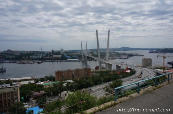 ロシア・シベリア鉄道『ウラジオストク(Владивосток』金角湾横断橋画像