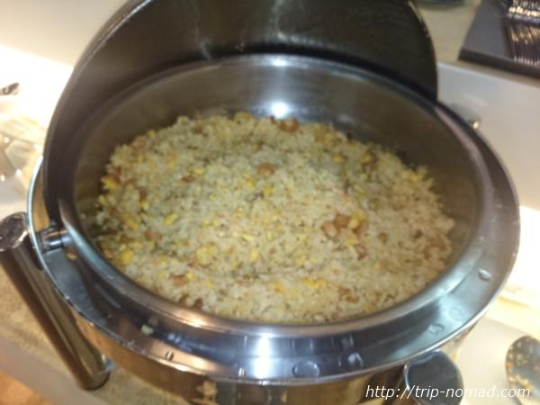 バンコク・スワンナプーム国際空港ラウンジ炒飯(フライドライス画像