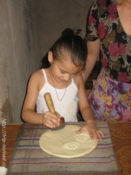 『トルクメニスタン』パン画像
