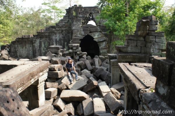 『カンボジアで遺跡を探検』画像