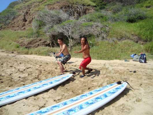 『アンプサーフ ハワイ(AMP SURF HAWAII)』海人ジョーと北島康介画像
