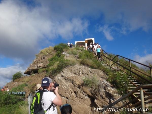 『ダイヤモンドヘッド』山頂観測所画像