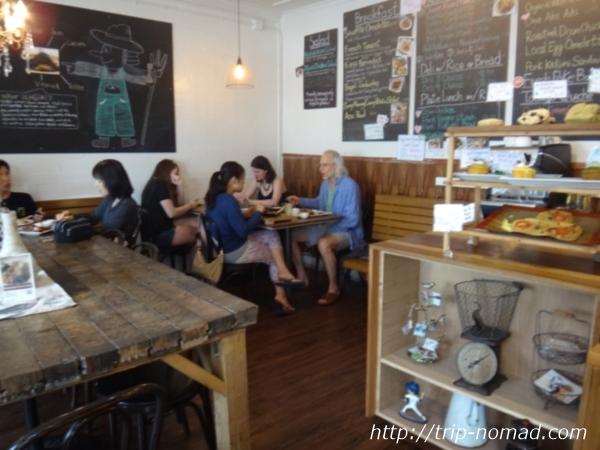 『カイマナ・ファーム・カフェ(Kaimana Farm Cafe)』店内画像