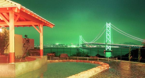 岩屋温泉『美湯松帆の郷』絶景露天風呂画像