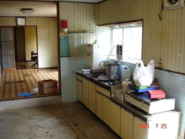 愛媛県宇和島市『古民家與那原家』キッチンのリノベーション画像
