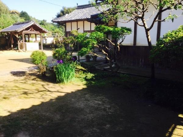愛媛県宇和島市『古民家』中庭画像