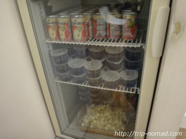 『KALラウンジ』ソフトドリンク冷蔵庫画像